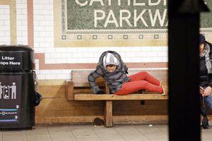 Ποντίκια «σουλατσάρουν» στο μετρό της Νέας Υόρκης