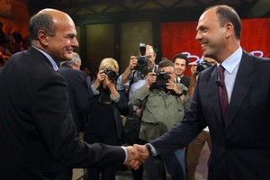 Συμμετοχή στην κυβέρνηση ζητά ο συνασπισμός της δεξιάς στην Ιταλία