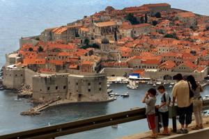 Αύξηση 5% στις αφίξεις τουριστών στο εξάμηνο στην Κροατία
