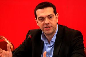 «Επικίνδυνη η κυβέρνηση για τη δημοκρατία»