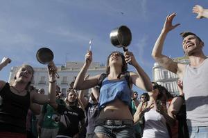 Αλληλεγγύη για την αντιμετώπιση της κρίσης ζητούν οι Ευρωπαίοι