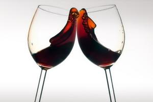 Το κόκκινο κρασί μπλοκάρει το σχηματισμό λιποκυττάρων