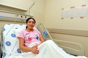 Έγκυος η πρώτη γυναίκα που υποβλήθηκε σε μεταμόσχευση μήτρας