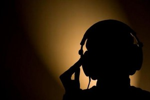 Πράκτορες είχαν κέντρο τηλεφωνικών παρακολουθήσεων στη Γλυφάδα