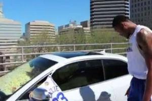 Γέμισαν το αμάξι του συμπαίκτη τους με ποπ κορν