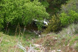 Σε γκρεμό 100 μέτρων έπεσε το αυτοκίνητο με τη μητέρα και τα δύο παιδιά της στην Κρήτη
