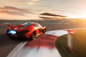 Διαδραστική εμπειρία με τη McLaren P1