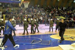 Μπάσκετ μετά... ξύλου στο Περιστέρι