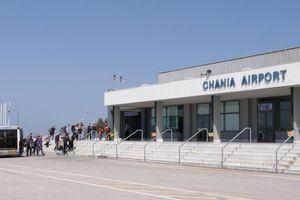 Αναγκαστική προσγείωση αεροσκάφους με τουρίστες στα Χανιά
