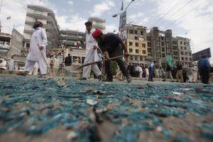 Βόμβα μπροστά από σχολείο θηλέων στο Πακιστάν