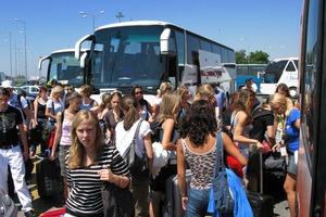 Ξεπέρασαν τα 3,5 εκατομμύρια οι αφίξεις τουριστών στο πεντάμηνο