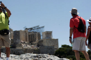 Ξεπέρασαν το 1 εκατομμύριο οι τουρίστες στο πρώτο δίμηνο