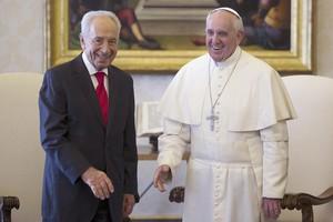 «Θαρραλέες αποφάσεις» για το Μεσανατολικό ζήτησε ο Πάπας