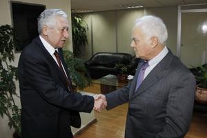 Για τις απολύσεις στο Δημόσιο συζήτησαν Μανιτάκης-Κουβέλης