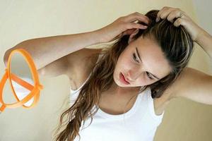 Συνήθειες που καταστρέφουν τα μαλλιά σας