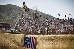Το Red Bull X-Fighters 2013 συνεχίζεται στην Καλιφόρνια