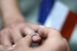 Σε αποτυχία το δημοψήφισμα για τους γάμους ομοφυλοφίλων