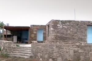 Χτίζουν σπίτια στον αρχαιολογικό χώρο της Ρήνειας