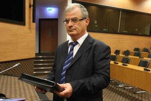 «Εξαιτίας της έκθεσης στην ελληνική οικονομία ο αποκλεισμός από τις αγορές»