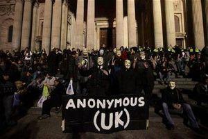 Διαρροή προσωπικών δεδομένων από τους Anonymous UK