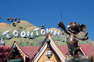 Πανικός στην αμερικάνικη Disneyland από έκρηξη