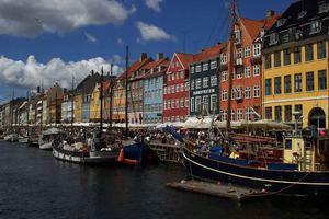 Η -πραγματικά- παραμυθένια ζωή στη Δανία