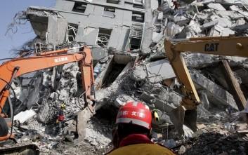 Σύλληψη για την κατάρρευση κτιρίου από τον σεισμό στην Ταϊβάν