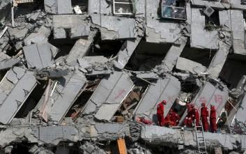 Κοριτσάκι 8 ετών ανασύρθηκε ζωντανό από τα ερείπια στην Ταϊβάν