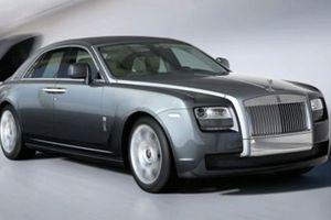 Σκέψεις για crossover από τη Rolls-Royce