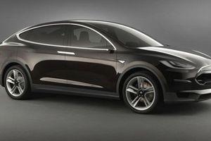 Η Tesla ετοιμάζει νέο σεντάν και crossover