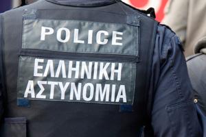 Είκοσι συλλήψεις σε Αγίους Θεοδώρους και Λουτράκι