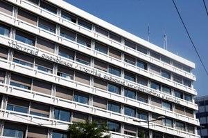 Νέα μέτρα 1+1 δισ. ευρώ δίνει η κυβέρνηση στην τρόικα