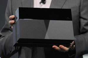 Το Playstation 4 θα κοστίζει 100 δολάρια λιγότερο από το Xbox One