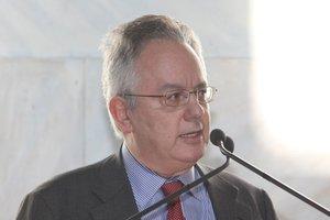 Αλιβιζάτος: Αποδέχομαι την τιμητική πρόταση του Θεοδωράκη