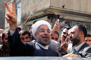 Νέος πρόεδρος του Ιράν ο μετριοπαθής Ρουχανί