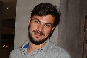 O Άκης Πετρετζίκης με νέα εκπομπή στον Alpha