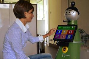«Κοινωνικό» ρομπότ στην υπηρεσία των ηλικιωμένων