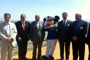 Στον Πειραιά το κρουαζιερόπλοιο «Disney Magic»