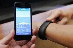 Η Foxconn αποκαλύπτει ένα smartwatch συμβατό με iOS