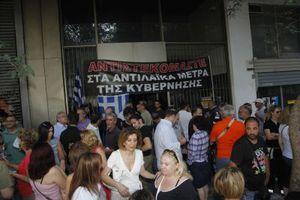 Προπηλακίσθηκε ο δήμαρχος Αθηναίων από εργαζόμενους
