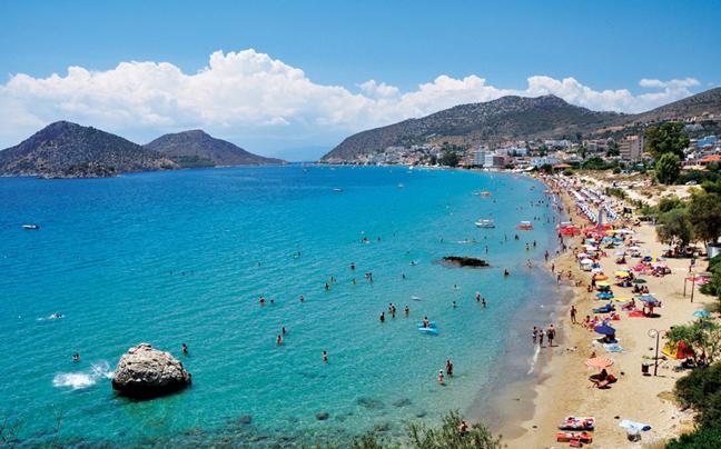 Δείτε όλες τις παραλίες με γαλάζιες σημαίες που υπάρχουν σε Κορινθία, Αργολίδα, Ηλεία, Αχαΐα!(photos)