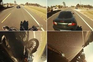 Έπεσε στο πίσω μέρος αυτοκινήτου με ταχύτητα 109 χλμ/ώρα