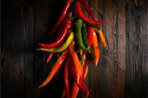 Οι καυτερές πιπεριές παρατείνουν τη ζωή