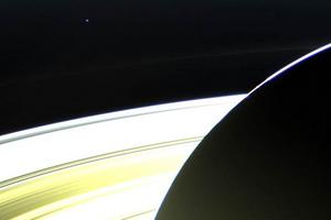 Φωτογραφίες της Γης από τον Κρόνο
