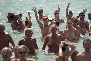 Η Ν. Αφρική απέκτησε την πρώτη επίσημη παραλία γυμνιστών