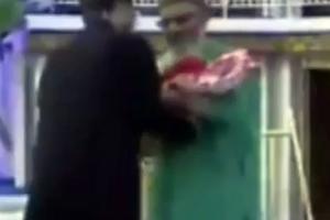 Τηλεπαιχνίδι στο Πακιστάν με έπαθλα... μωρά!