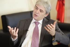 Θέλει λύση για το θέμα του ονόματος της ΠΓΔΜ
