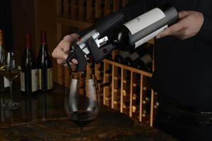 Πιείτε κρασί χωρίς να ανοίξετε το μπουκάλι
