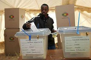Περισσότεροι από 300 χιλ. πολίτες εμποδίστηκαν να ψηφίσουν στη Ζιμπάμπουε