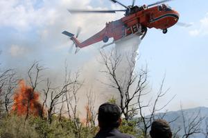 Εκκενώνεται οικισμός στην Κίσσαμο λόγω της πυρκαγιάς